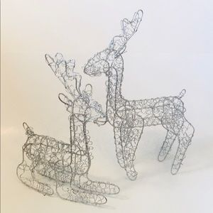 Reindeer Christmas Holiday Decoration Spiral Wire